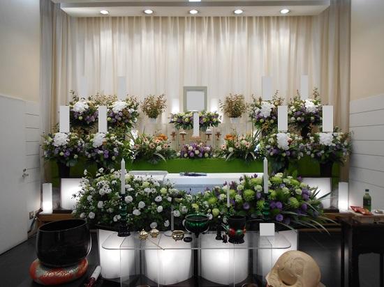 10月白木祭壇